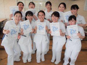 自分の看護の礎となるものができ、新人看護師を卒業です。自分の看護観を羅針盤に、2年目に向けてスタート!